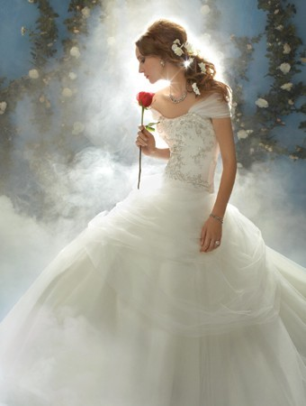 belle-wedding-dress-alfredo-angelo