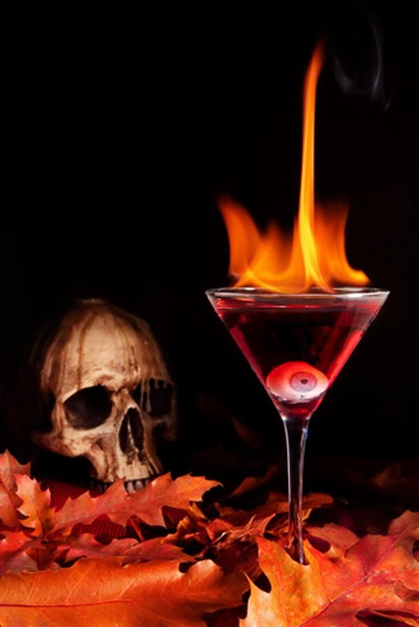 halloween-cocktail-devil