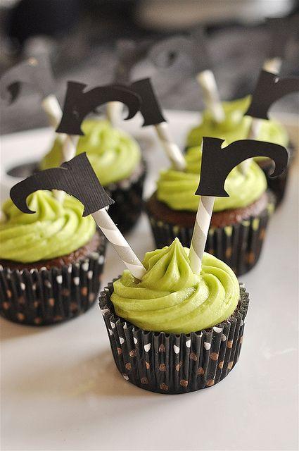 halloween-cupcake-2015-16