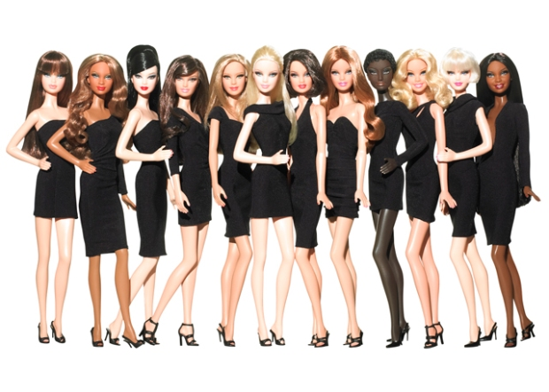 BARBIE-FASHION-EVOLUTION