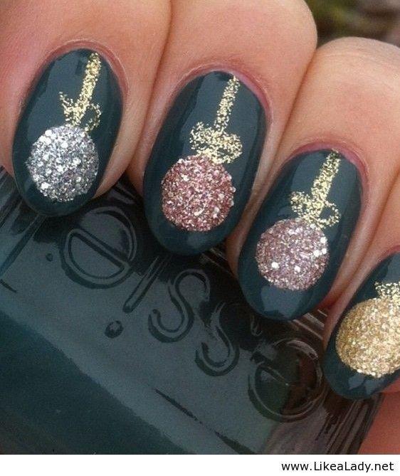 christmas-nails-