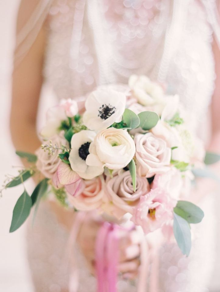 wedding-bouquet-pantone-rose-quartz