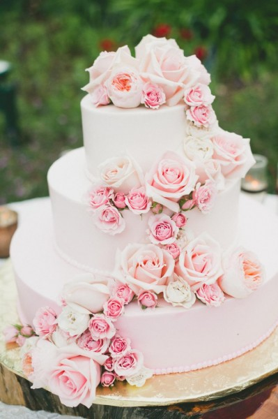 wedding-cake-rose-quartz-2