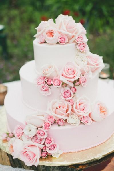 wedding-cake-rose-quartz-2