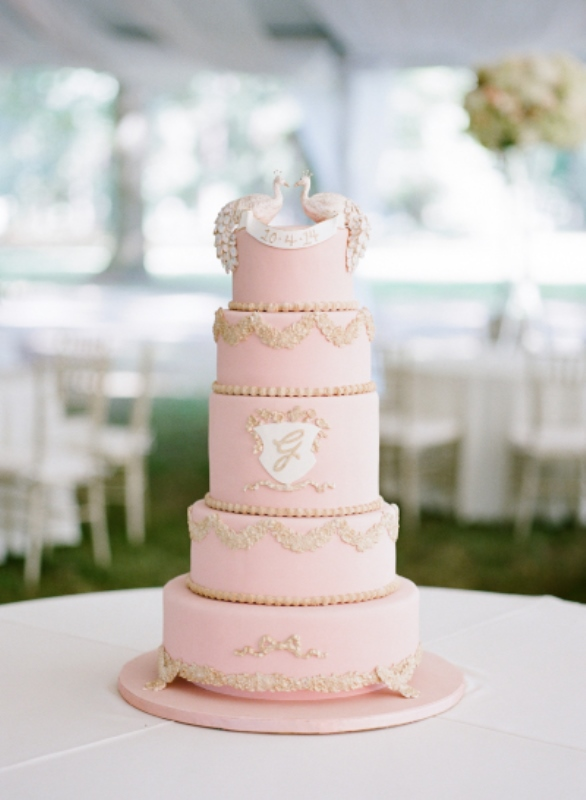 wedding-cake-rose-quartz