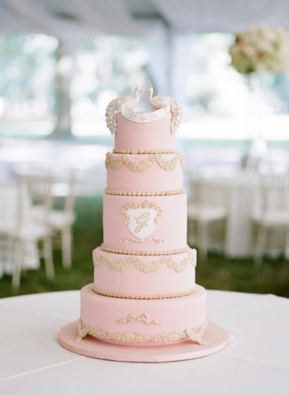 wedding-cake-rose-quartz