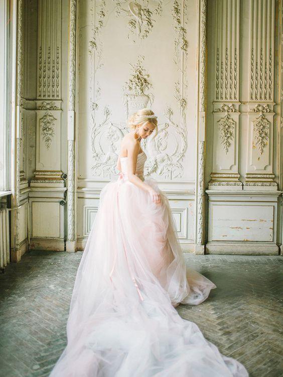 wedding-dress-rose-quartz-2016